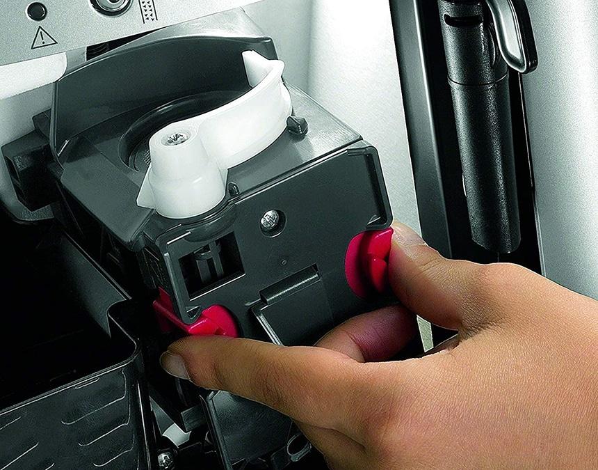 Delonghi Magnifica ESAM3300 Review - Perfect Machine for Cappuccino Fans!